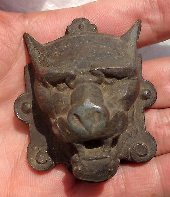 CINA (China) Old Chinese bronze lion mask