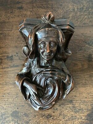Antique 17th Century Carved Wood Corbel Like Oak Of A Lady