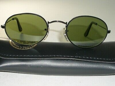 dd5d1121be Vintage B l Ray Ban Rb3 Tru Green Sleek Shiny Black Oval Aviator Sunglasses