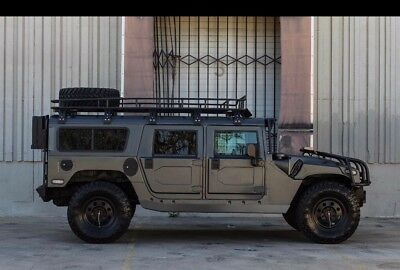 2003 Hummer H1  Fully Decked Out 2003 H1 w/ only 29k miles - Matte Charcoal