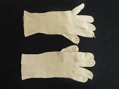 Vintage Gloves Girls 1920s Childs Cream Knitted Wrist Length