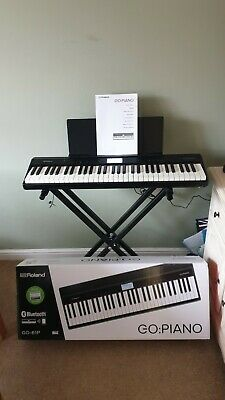 NEW Roland GO:PIANO Digital Piano 61 Keys .BOXED WITH STAND
