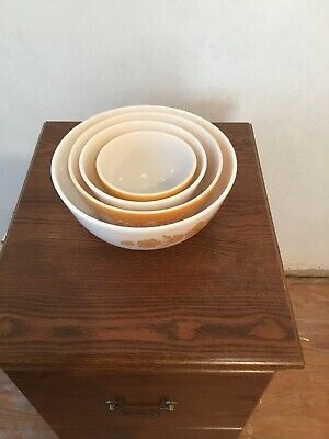 Pyrex Butterfly gold Mixing Bowls