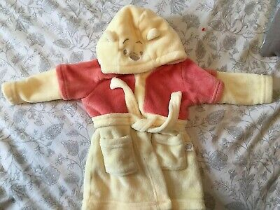 Dressing gown size 6-9 months. Winnie the Pooh from Disney Baby