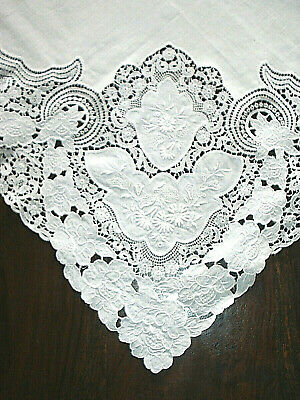Vintage White Linen Small Tablecloth with Ornate Lace Edge 35 inches square