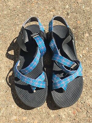 b81897528b22 womens CHACOS Z 2 CLASSIC crystals Sandals HIKING water outdoor Size 9 Blue  Teal