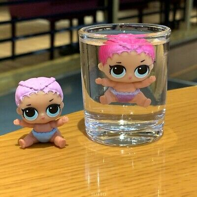 LOL Surprise LiL Sisters L.O.L. Merbaby  THEATER CLUB SERIES 2 COLOR CHANGE doll