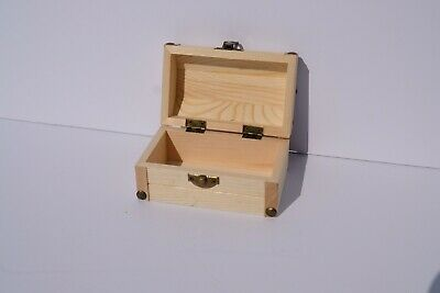 Vintage Wooden Lid Box Organizer Chest Case Metal Net Display Trinket Antique