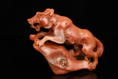 China Collectible Hand-Carved Shoushan Stone Wolf Statue Desktop Decoration