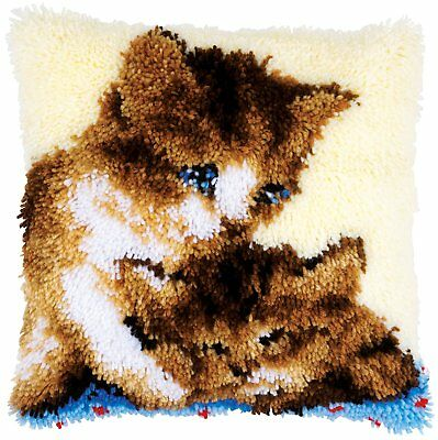 Twin Kittens Latch Hook cushion front kit by Vervaco 40x40cm ~ Printed Canvas