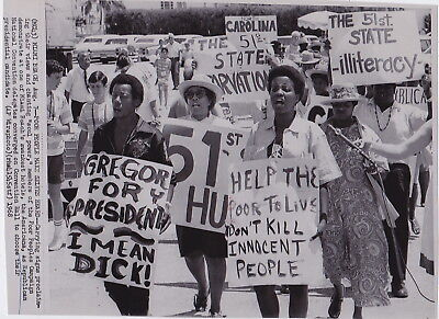 POOR PEOPLES CAMPAIGN Demonstrators SIGNS * Rare VINTAGE MIAMI BEACH 1968  photo