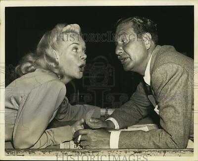 Press Photo Actors Alice Faye and Phil Harris. - hcp45574