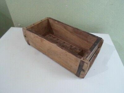 Shabby Chic Old Wooden Brick Mould-Interior Design - Upcycle Project-Display §M1