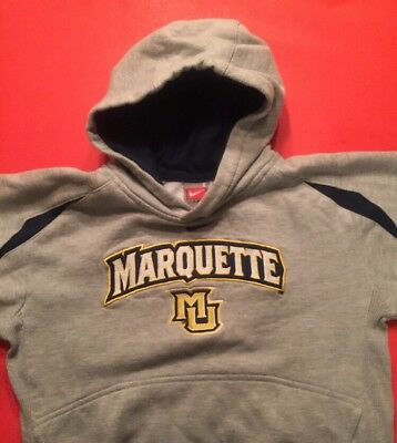 official photos ff995 10bc9 NIKE MARQUETTE GOLDEN EAGLES 3T Hooded Sweatshirt Boys or Girls NCAA  Basketball