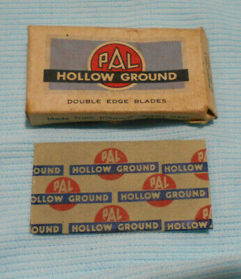 #D476.  Empty Pal  Safety Razor Packet & Wrapper