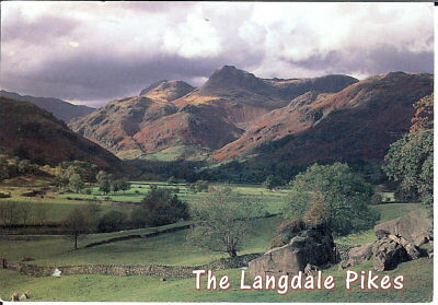Lake District: The Langdale Pikes - Posted 1997