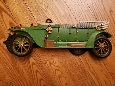 Five Color Burwood Products Vintage Old Time Car 3-D Plastic Hanging Wall Plaque