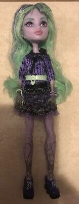 Monster High 13 Wishes Twyla Doll 1st Wave