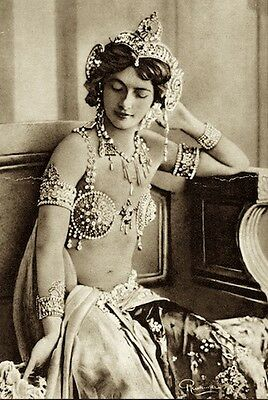 Mata-Hari Vintage French Nude Exotic Belly Dancer Woman Wwi Spy Superb Photo #