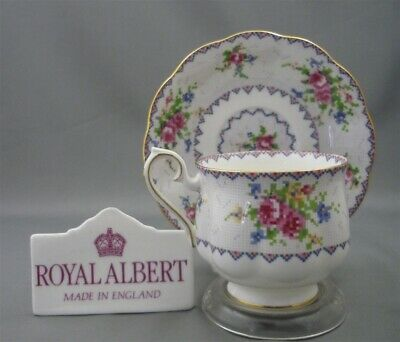 Royal Albert England PETIT POINT Pattern Bone China Tea Cup & Saucer Duo Set