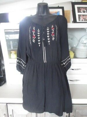 b5d1a7b4369 Forever 21 Black Embroidered Above Knee Length Waist 3/4 Sleeve Sz L Gently  Worn