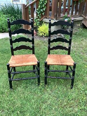 Vtg pair Wood Rush Seat Dining table farm farmhouse Chairs Ladder Back antique
