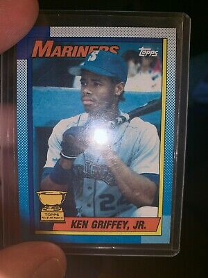 1990 Topps #336 Ken Griffey Jr. Mint Condition. RARE ERROR CARD BLOODY SCAR.