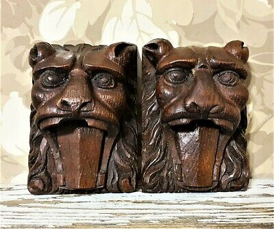 2 Gothic roaring lion ornament furniture Antique french wooden salvaged carving