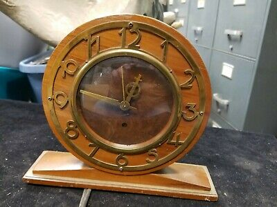 Vintage SETH THOMAS Round Wooden Mantel Clock w/ Gold Numbers & Accents