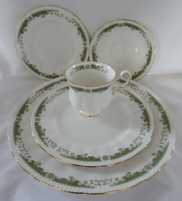 PARAGON LYNWOOD  5 Pc Place Setting Dinner Salad Side Cup Saucer GREEN GOLD