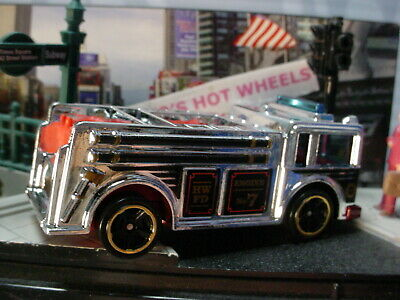 2019 HW CITY Design FIRE EATER☆chrome/red; ENGINE NO 7 HWFD☆LOOSE Hot Wheels☆