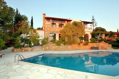 Big Private Villa in Tala Kamares Paphos