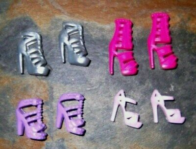 BARBIE DOLL SHOES j5 - 4 PAIRS of ASSORTED MODERN SANDALS