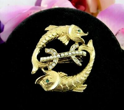 PISCES Rhinestone FISH PIN Vintage Brooch Faux Pearls H Shape Goldtone Oval