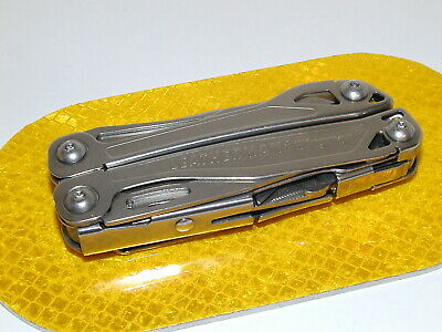 Leatherman Wingman Multi-Tool Good Condition With Large Scissors & 1/2 Serrated