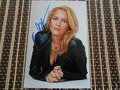 Gillian Anderson,  Actress,  Original Hand Signed Photo 6 x 4