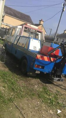 Volkswagon tow ruck 1988,perfect condition for age, running