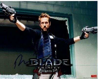 RYAN REYNOLDS signed autographed BLADE TRINITY HANNIBAL KING photo