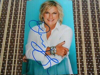 Jennifer Saunders, Actress,  Original Hand Signed Photo 6 x 4