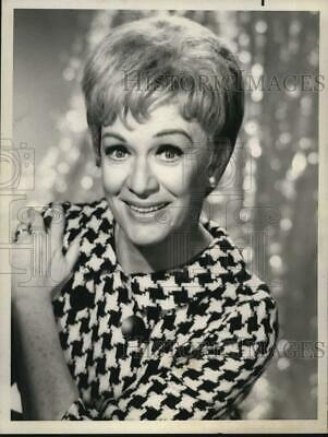 "1968 Press Photo Actress Eve Arden Stars In ""The Mothers-In-Law"" - lrx50788"