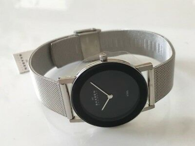 SKAGEN 39LSSB Mens Ultra Slim Watch with Self Adjustable Mesh Strap NEW