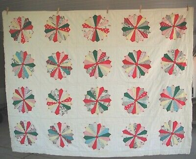 Vintage Dresden Plate Quilt Shabby Well Loved Well Used 86 X 67 Hand Tied