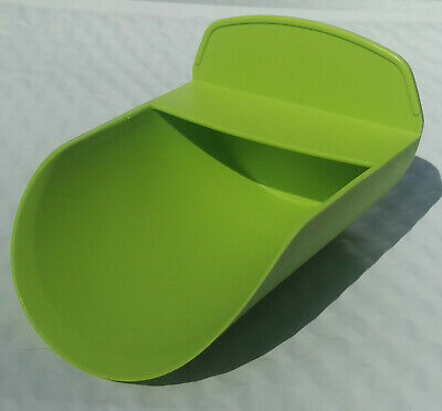 Tupperware Rocker Scoop for Canisters Flour Sugar New Lettuce Leaf Green