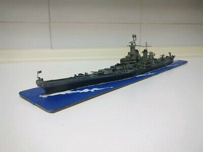 Built 1/700 Bb-61 Iowa  .Very Rare.for Collectors