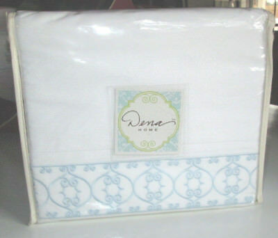 BED BATH BEYOND Queen Sheet Set WHITE 4PC EMBROIDERED BLUE