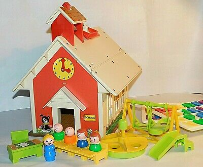 vintage °Fisher Price° Let´s Play Family ° Schoolhouse° Little People