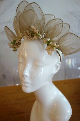 CIRCA 1900's, LADIES TIARA WITH SHAPED NET LEAVES AND FLOWERS