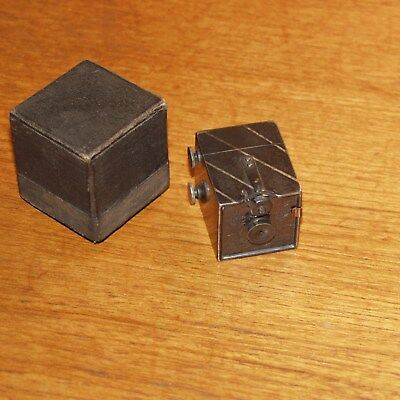 KOMBI subminiature VINTAGE CAMERA & viewer 1892 KEMPER tiny metal box USA