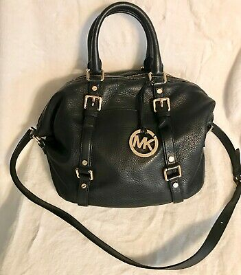 0529505d5382 Michael Kors Bedford Buckle Medium Black Pebbled Leather Convertible Euc