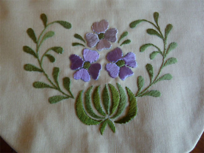 Antique Arts & Crafts Embroidered Drawstring Purse/Pouch~Lavender Silk Lining